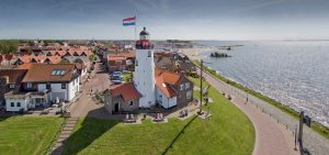 Arrangement  Windturbines & voormalig eiland Urk